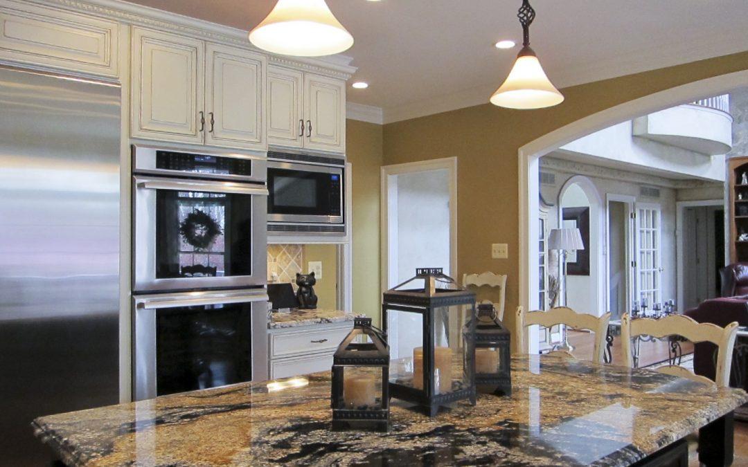 Should You Choose Quartz or Granite Countertops for a Kitchen Remodel?